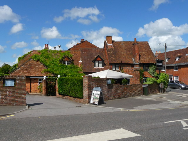 Prezzo Restaurant Near To Travellodge London Finchley