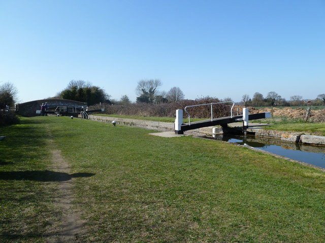 Lock 6, Grand Junction Canal, Aylesbury Arm