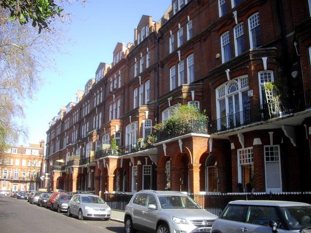Houses in Elm Park Gardens Chelsea