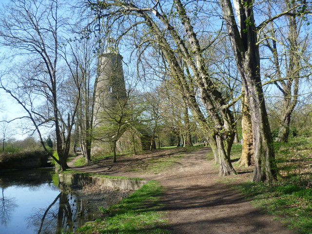 Crane Park and the Shot Tower