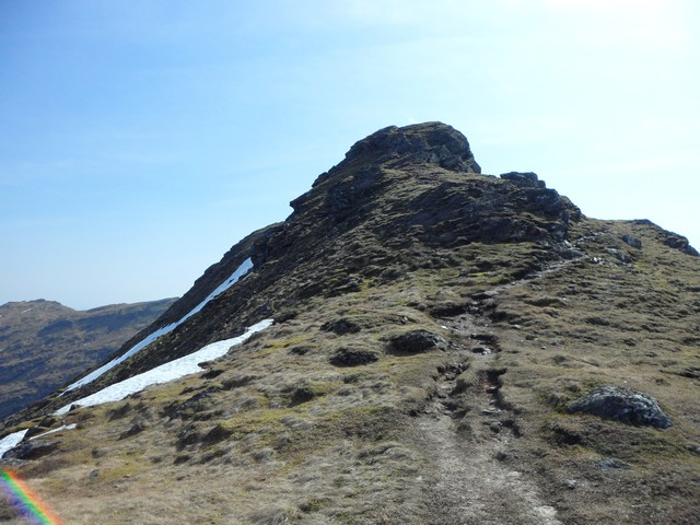 Approaching the summit of An Caisteal