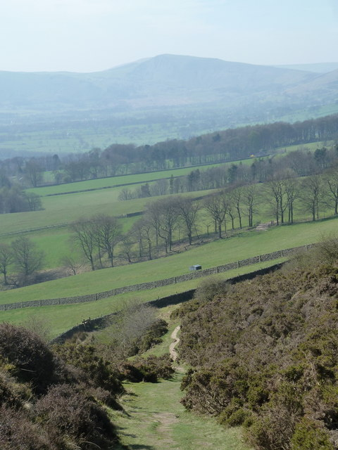 Aston footpath descending the slopes of Win Hill