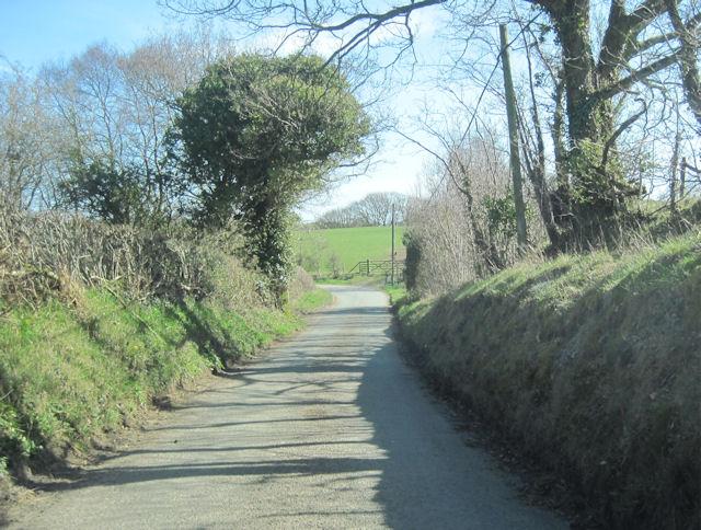 Meifod road out of Llanfihangel