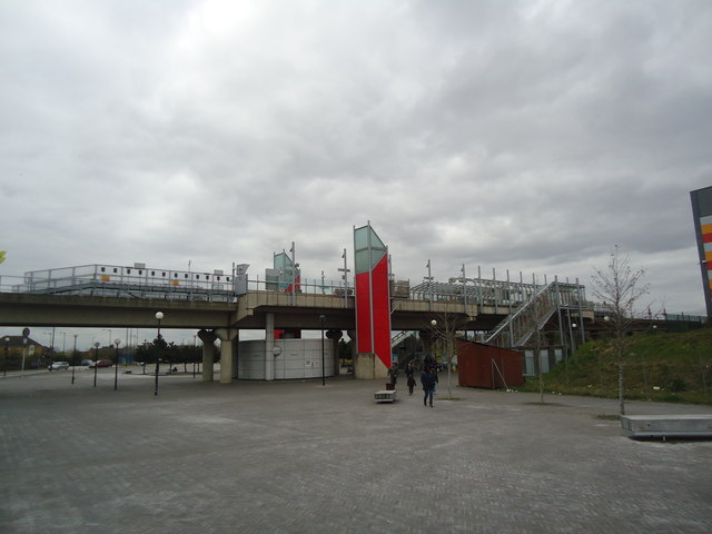 Gallions Reach DLR station