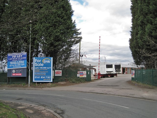 Entrance to Radnor Park Trading Estate
