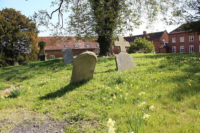 Old Welland Churchyard
