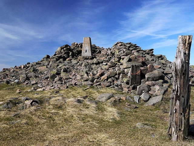 Summit cairn Hedgehope Hill
