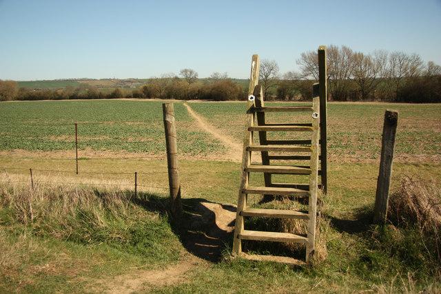 Footpath to Braybrooke