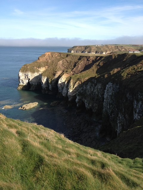 Caves, taken from North Cliff path, just north of Thornwick Bay