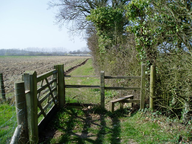 Stile on footpath 82