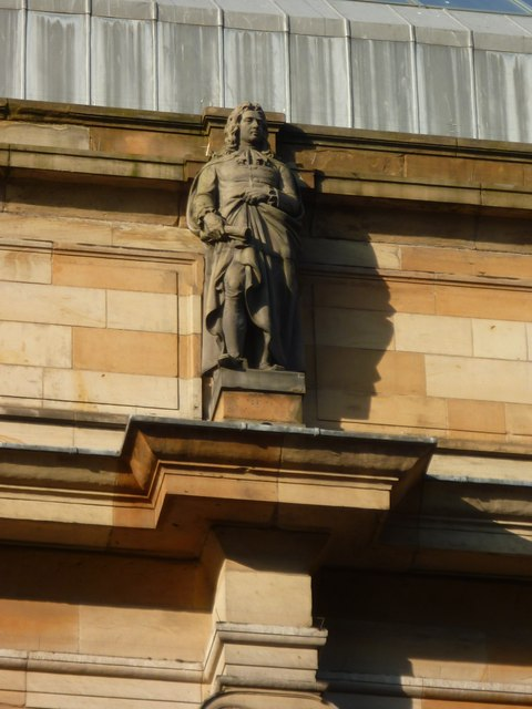 Henry Purcell statue on the Atheneum