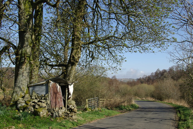 Roadside shelter south of Laight Farm