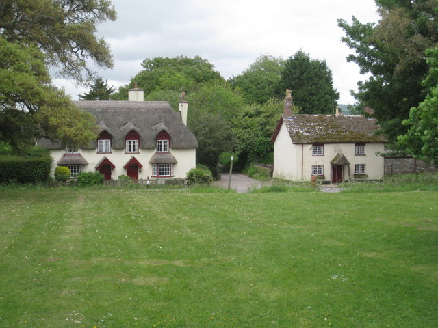 Cottages in Powderham