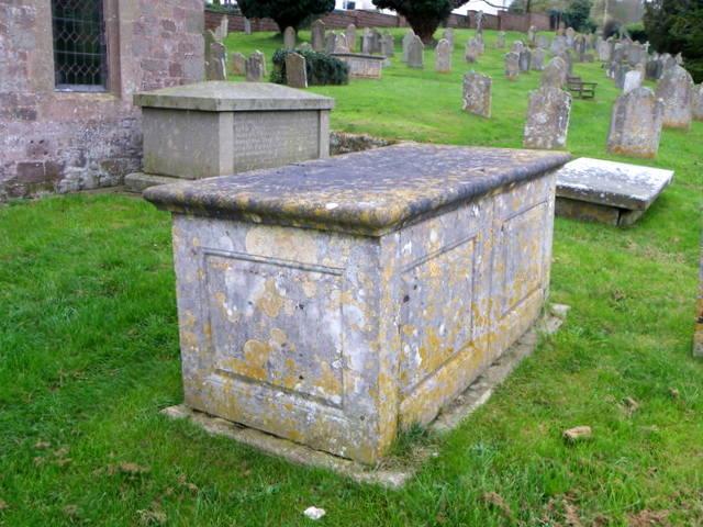 Churchyard, St Disen's Church