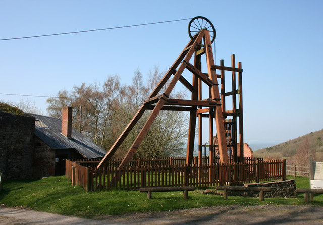 Replica winding gear, Snailbeach Lead Mine