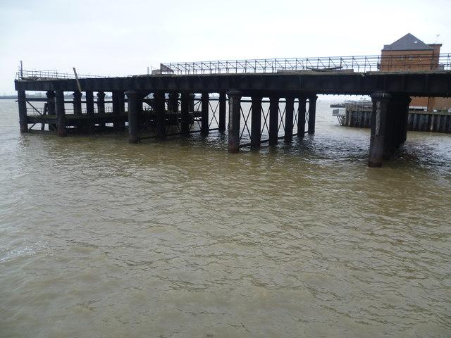 West Street Pier, Gravesend
