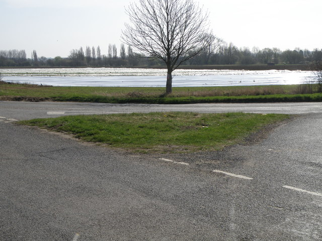 Grass triangle at a Northamptonshire road junction