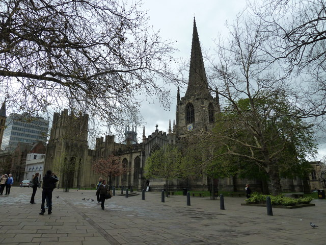 Approaching Sheffield Cathedral