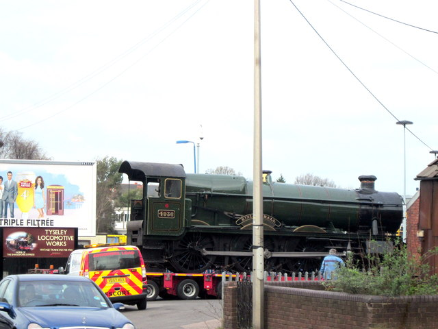 Abnormal Load, 4936 Kinlet Hall Arriving By Road At Tyseley Locomotive Works