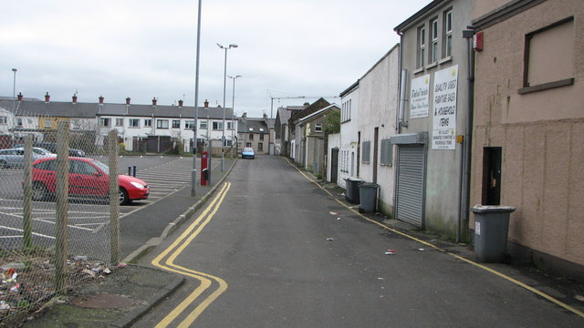 Access road, Society Street