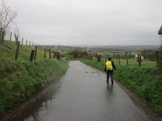Heading towards Dovecote Bridge