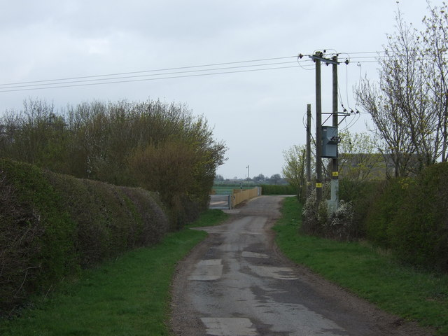 Track towards Shelton