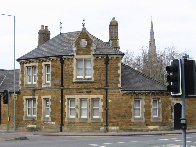 Kettering - house at junction of London Road and Bowling Green Road