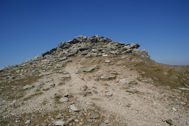 The summit of Y Garn