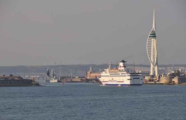 The Solent : Portsmouth Scenery
