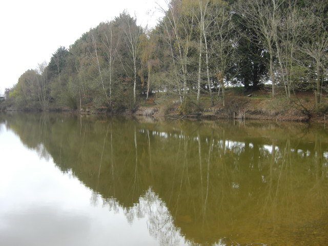 Fishing lake near lyneham david redwood geograph for Nearest fishing lake