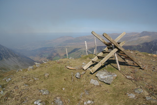The summit of Foel Goch