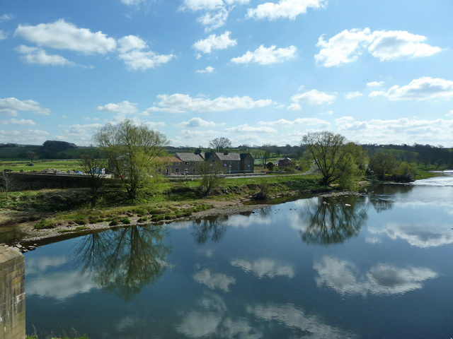 De Tabley Arms from Ribchester Bridge