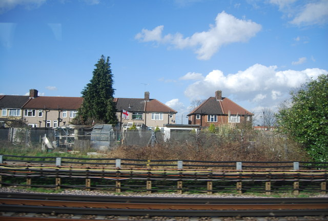 Houses by the District Line