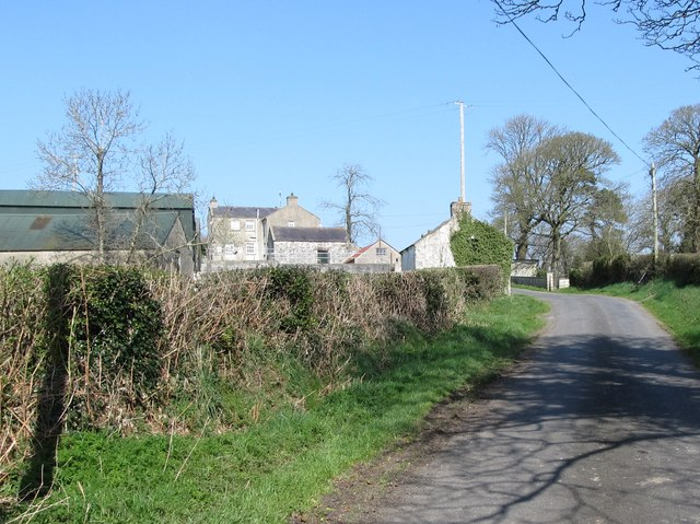 Farmhouse and buildings on the Bronte Road