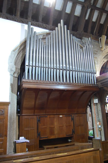 Organ in St Andrew's church, Stratton