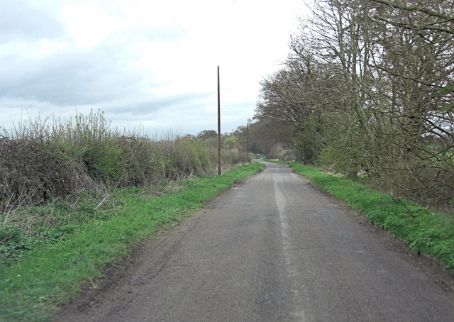Un-named lane east of Clare
