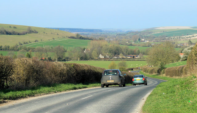 2012 : B3095 approaching Kingston Deverill