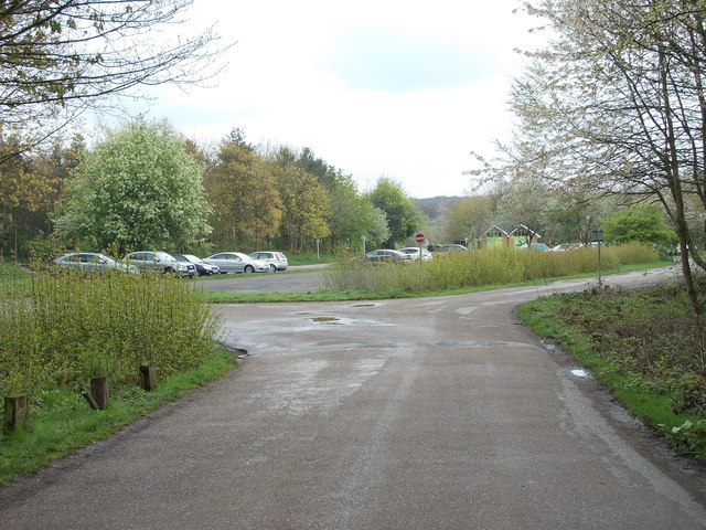 Car Park - Oakwell Country Park - off Nutter Lane