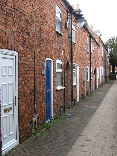 Sleaford - terrace behind Nags Head