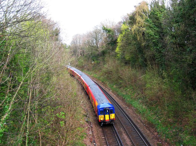 Train near Cross Lanes Bridge, Guildford