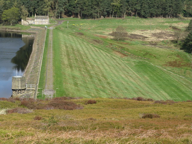 Strines Reservoir embankment