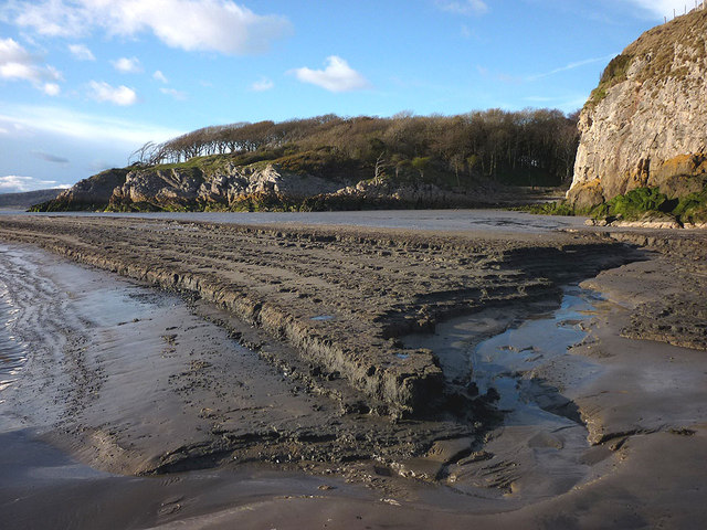 Mud bank at Cow's Mouth, Jack Scout