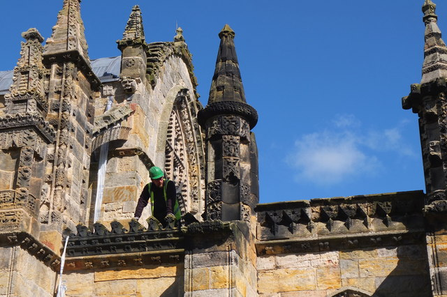 Weighing up the job, Rosslyn Chapel