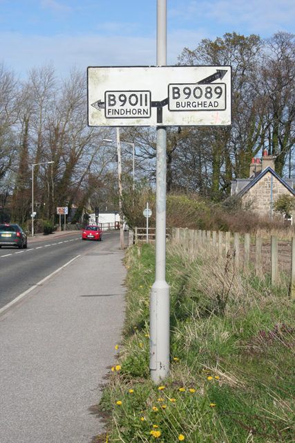 Old-fashioned Road Sign