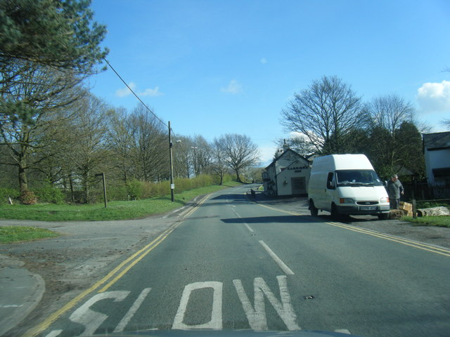 Delamere Road approaches The Carriers Inn