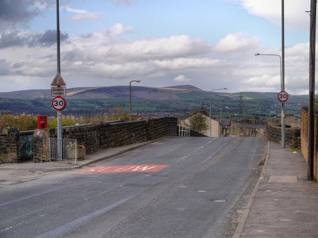 Manchester Road Bridge, Hapton Station
