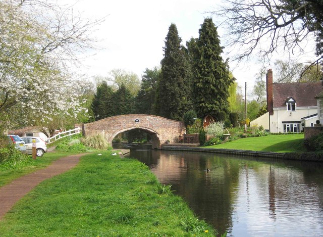 Whittington Horse Bridge (No. 28), Staffs & Worcs Canal, near Whittington