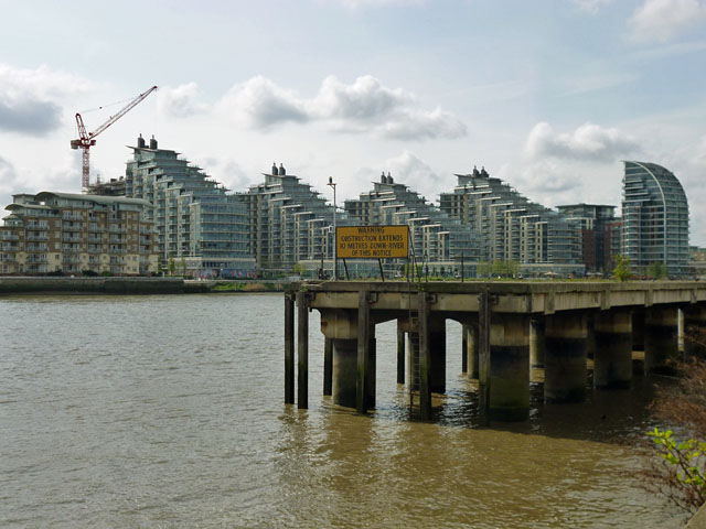 Thames bank redevelopment