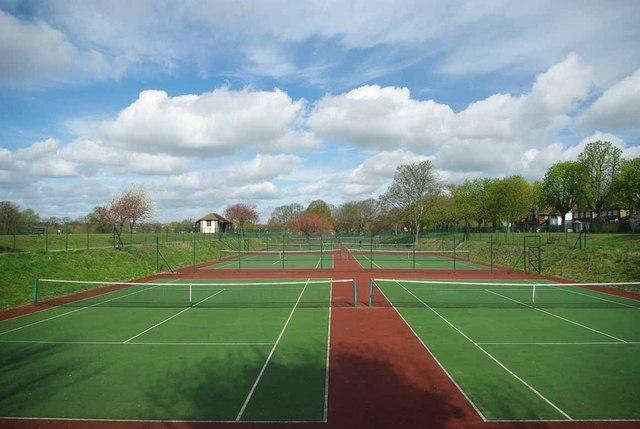 Raphael Park Tennis Courts