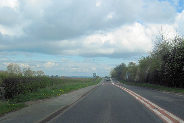 AS495 east approaching The Brow